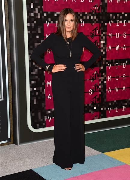 Mariska Hargitay, büyük ihtimalle orada Taylor Swift'in ekürisi olarak bulunsa da seviyoruz yapacak bir şey yok.