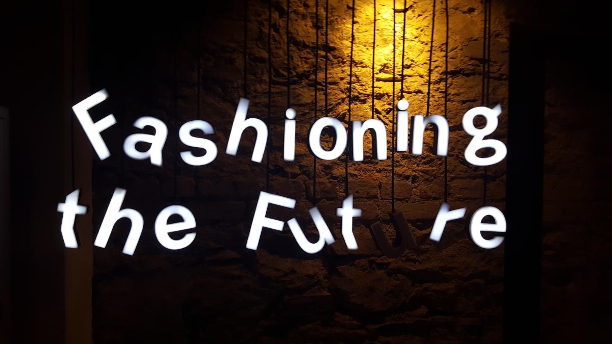 Fashioning the Future: H&M'den Modada Sürdürülebilirlik Üzerine Bir Sergi
