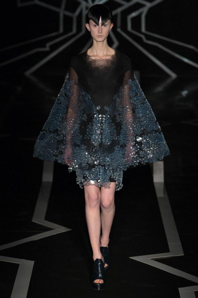 Paris Couture Moda Haftası: Iris Van Herpen