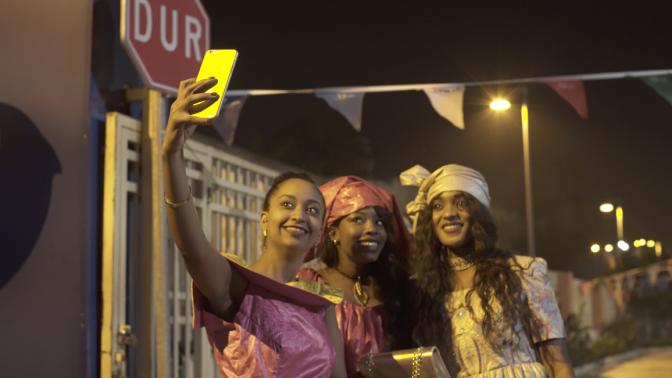 Bir Moda Projesi Değil, Bir Kadın Dayanışması Hikayesi : Ben de Buradayım